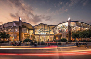 Shopping centre influenced by COVID-US